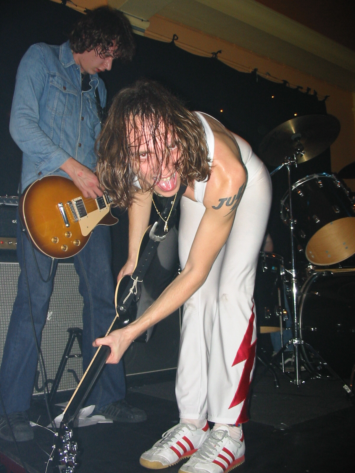 Justin in 1st catsuit, Tooting Castle, 16.11.01 - credited to Ludivine Mauger
